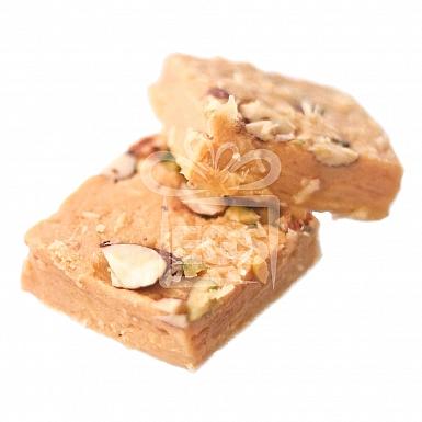 2KG Besan Pista - Rehmat-e-Shereen Sweets