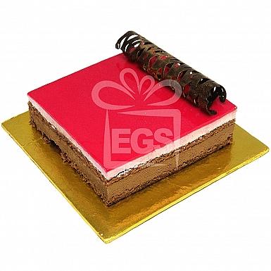 2Lbs Strawberry and Chocolate Cake - Serena Hotel