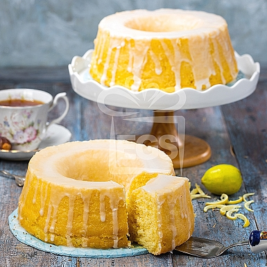 2lbs Lemon Drizzle Cake - Pie in the Sky
