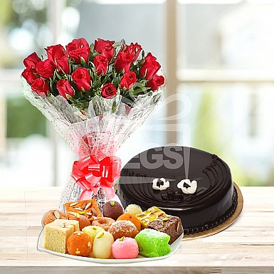 Bunch of Red Roses- 2Lbs Cake and 2KG Mithai