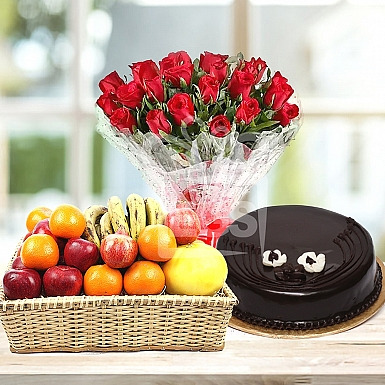 Bunch Of Red Roses 2Lb Cake and Fruits