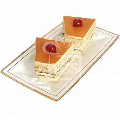 Caramel Pastry - Falettis Hotel