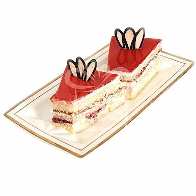 Strawberry Sponge Pastry - Falettis Hotel