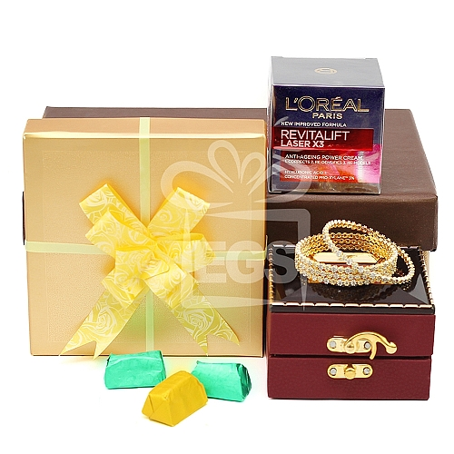 Exclusive Gift Hamper for Her