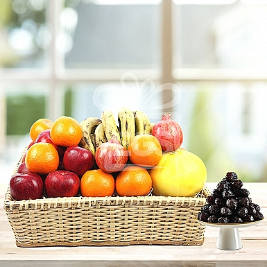 Standard Fruit Basket with Imported Dates