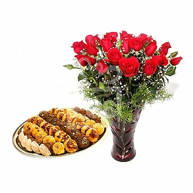 24 Red Roses with 1KG Cookies - PC Hotel