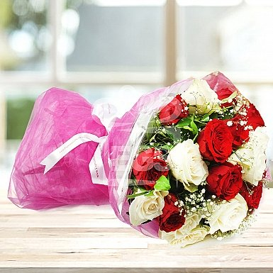 24 Imported Red And White Roses