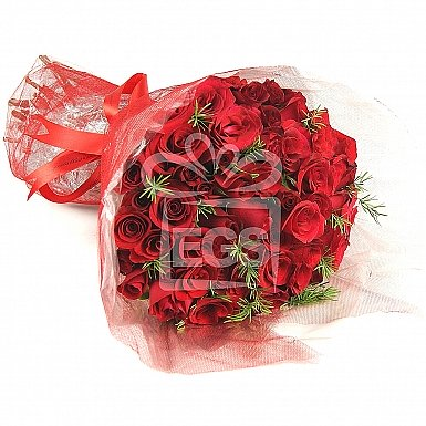 Sweet 60 Red Roses